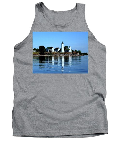 Reflections At Tibbetts Point Lighthouse Tank Top
