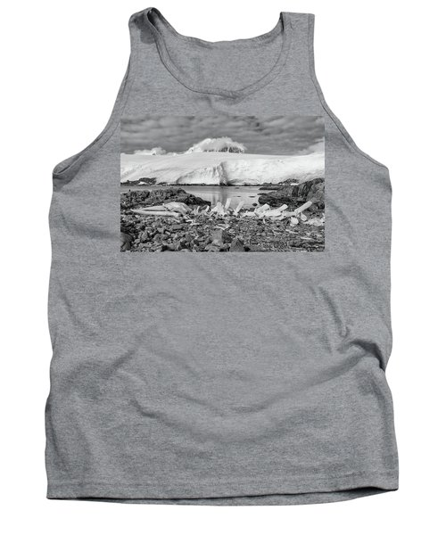 Tank Top featuring the photograph Remains Of A Giant by Alan Toepfer