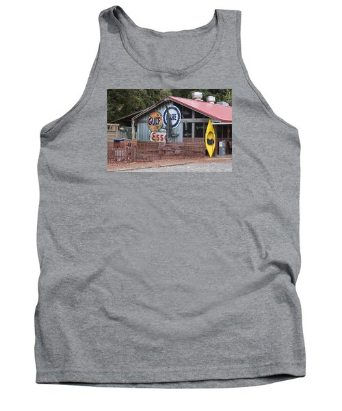 Restaurant In Murrells Inlet Tank Top by Suzanne Gaff