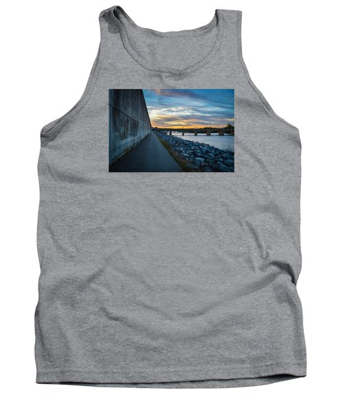 Rva Flood Wall Tank Top