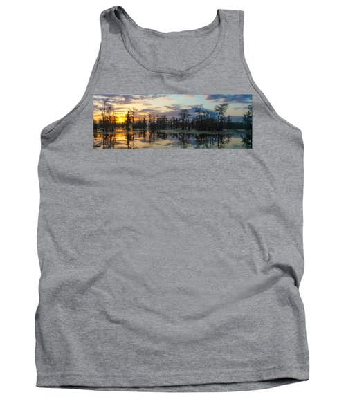 Skies Across The North End Tank Top by Kimo Fernandez