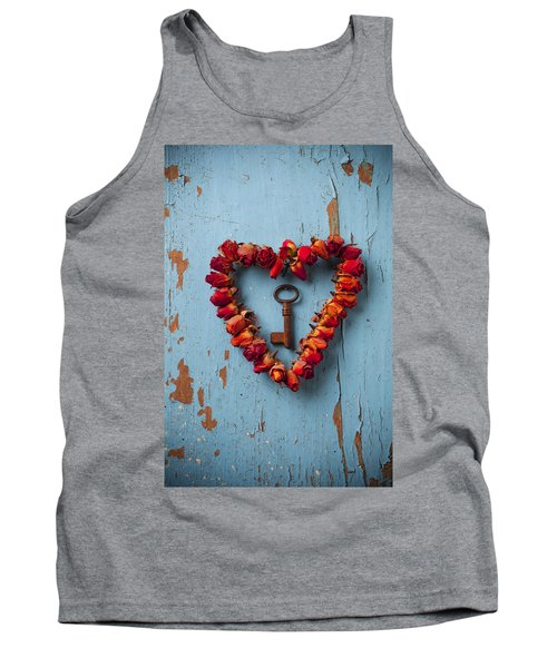 Small Rose Heart Wreath With Key Tank Top