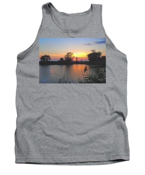 Tank Top featuring the photograph Sunset West Of Myer's Bagels by Felipe Adan Lerma