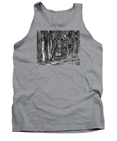 Through The Tunnel Bw 16x20 Tank Top