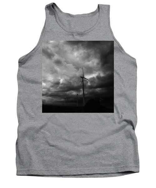 Windradwindig.  #windrad #monochrome Tank Top