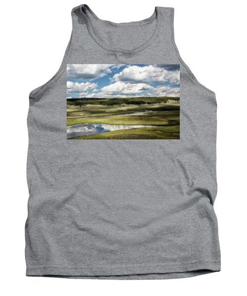 Yellowstone Hayden Valley National Park Wall Decor Tank Top