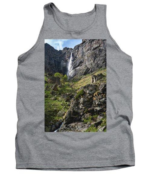 Raysko Praskalo Waterfall, Balkan Mountain Tank Top