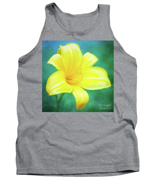 Buttered Popcorn Daylily In Her Glory Tank Top