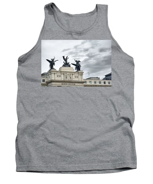 La Gloria Y Los Pegasos Sculptures Tank Top