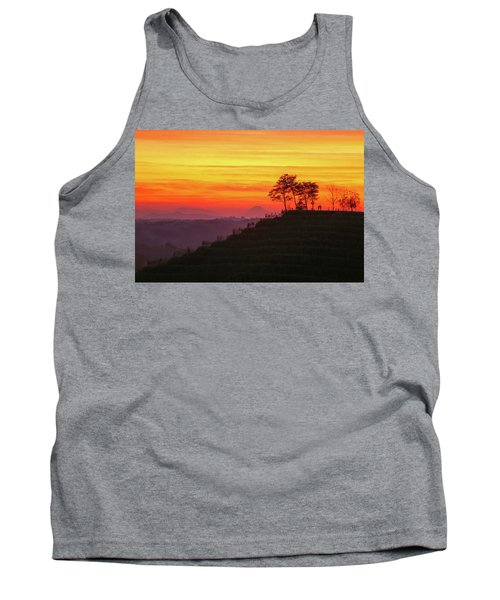On The Viewpoint Tank Top