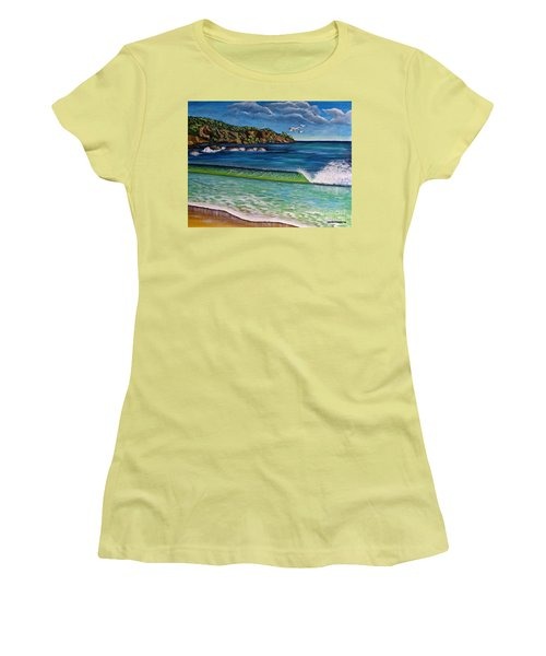 Crashing Wave Women's T-Shirt (Athletic Fit)