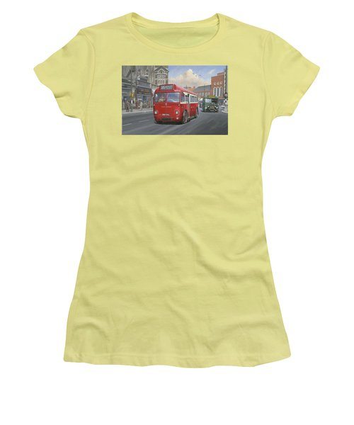 London Transport Q Type. Women's T-Shirt (Junior Cut) by Mike  Jeffries
