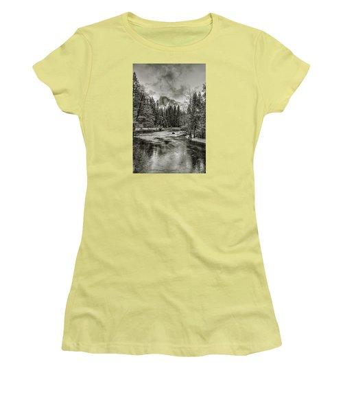 Ascending Clouds Toned Women's T-Shirt (Athletic Fit)