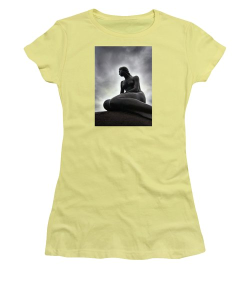 Woman Standing Strong Women's T-Shirt (Athletic Fit)