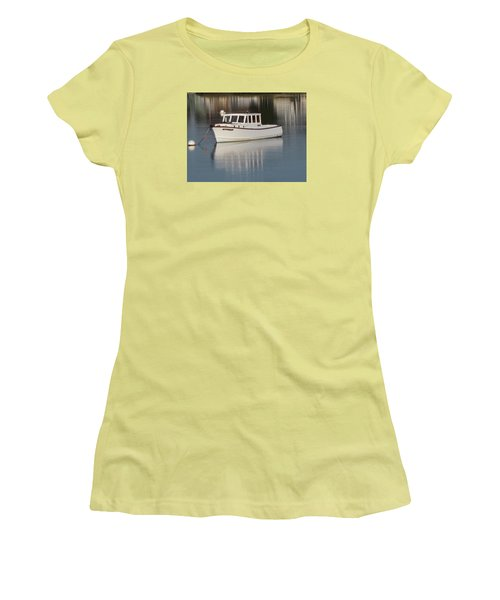 New Castle Bay Women's T-Shirt (Athletic Fit)