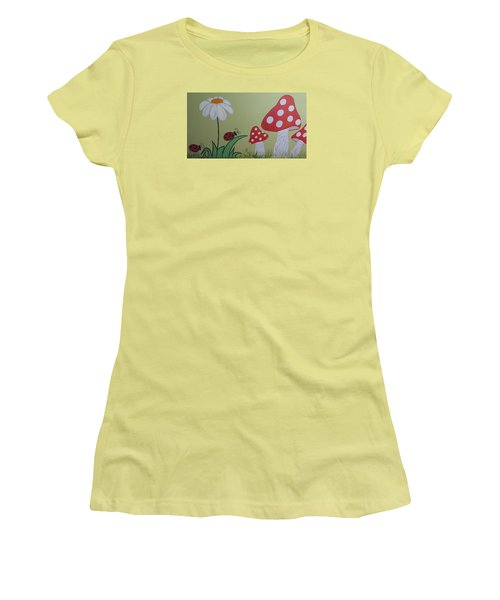 Wall Painting Women's T-Shirt (Athletic Fit)