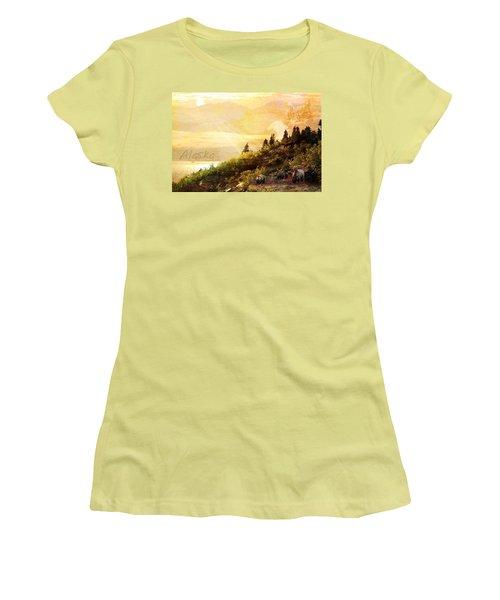 Alaska Montage Women's T-Shirt (Athletic Fit)
