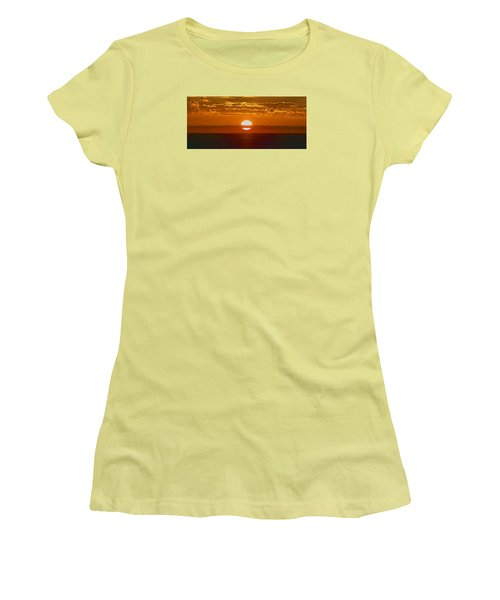 Aldinga Beach Sunset Women's T-Shirt (Athletic Fit)