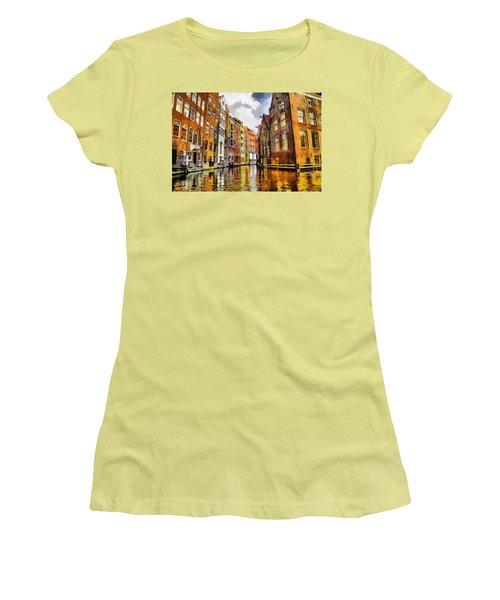 Amasterdam Houses In The Water Women's T-Shirt (Junior Cut) by Georgi Dimitrov