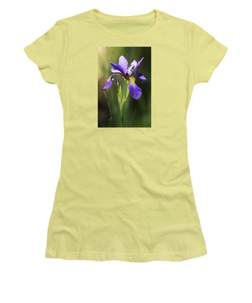 Artsy Iris Women's T-Shirt (Junior Cut) by Shelly Gunderson