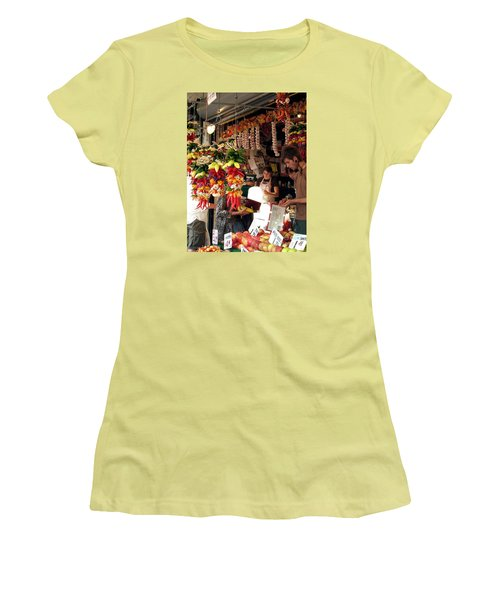 At The Market Women's T-Shirt (Junior Cut) by Chris Anderson