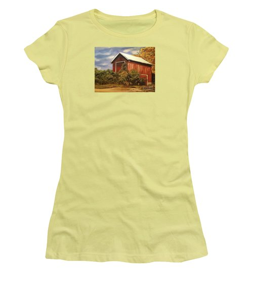 Autumn - Barn - Ohio Women's T-Shirt (Athletic Fit)