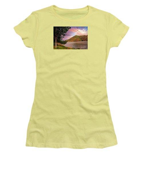 Beautiful Sunrise Women's T-Shirt (Athletic Fit)
