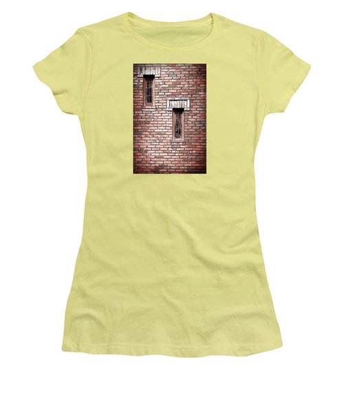 Brick Work Women's T-Shirt (Athletic Fit)