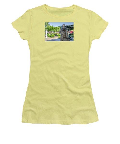 Women's T-Shirt (Junior Cut) featuring the photograph Chattanooga Choo Choo Court Yard by Susan  McMenamin