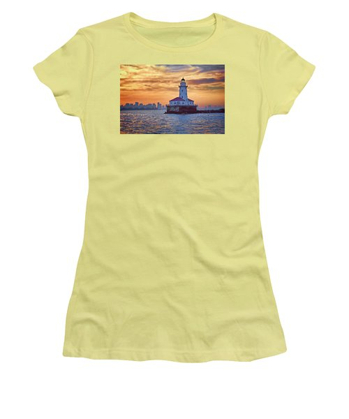 Chicago Lighthouse Impression Women's T-Shirt (Athletic Fit)
