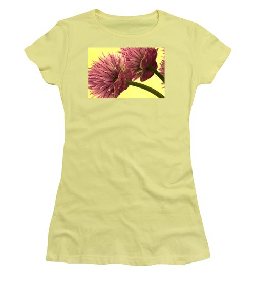 Chive Macro Beauty Women's T-Shirt (Athletic Fit)