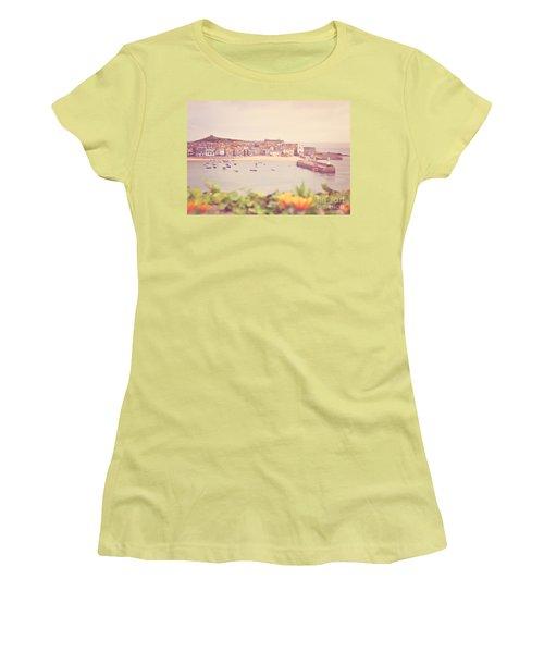 Cornish Harbour Women's T-Shirt (Athletic Fit)