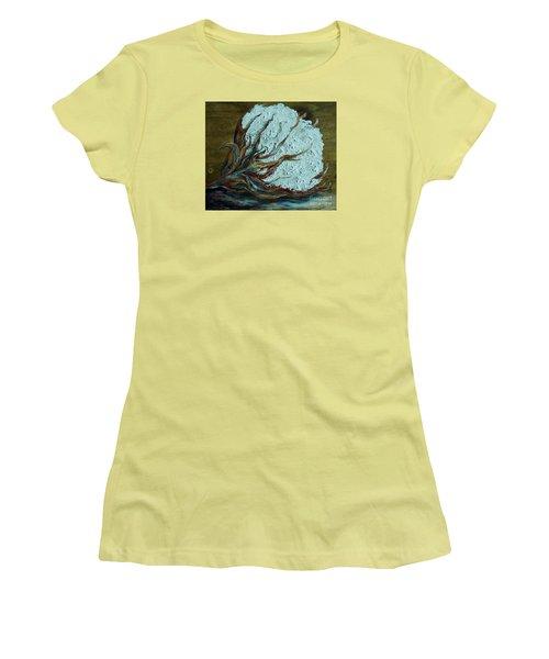 Cotton Boll On Wood Women's T-Shirt (Junior Cut) by Eloise Schneider