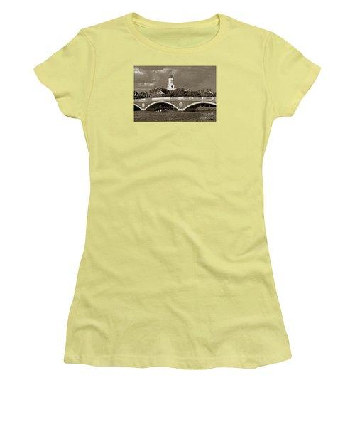 Weeks Bridge Charles River Bw Women's T-Shirt (Junior Cut) by Tom Wurl