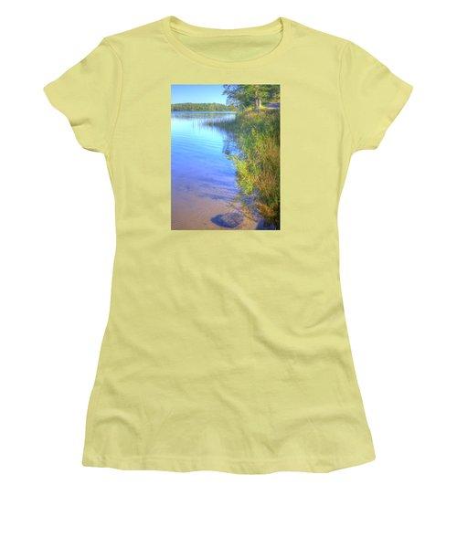 Eagle Point Women's T-Shirt (Junior Cut) by Larry Capra