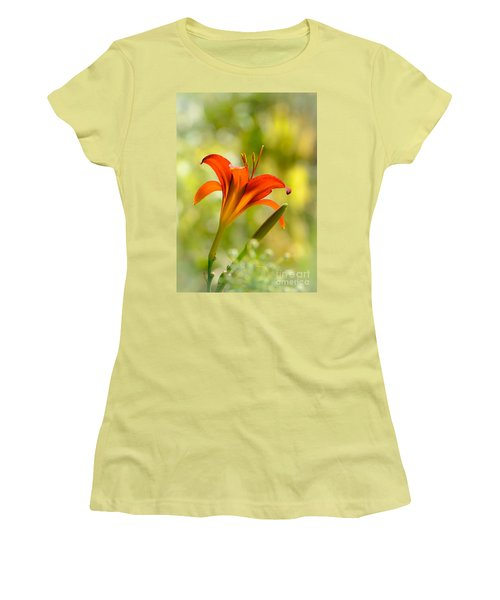 Early Morning Portrait Women's T-Shirt (Athletic Fit)