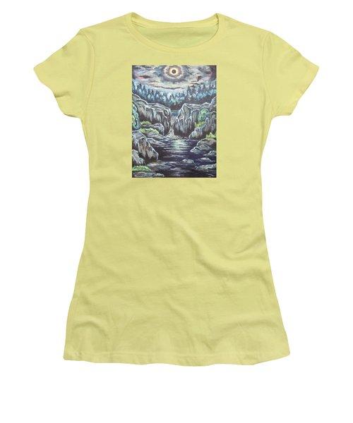 Eclipse 2 Women's T-Shirt (Athletic Fit)