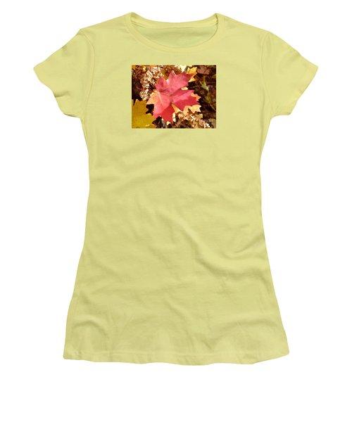 Fall Colors 6313 Women's T-Shirt (Junior Cut) by En-Chuen Soo