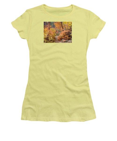 Fall Colors 6454 Women's T-Shirt (Junior Cut) by En-Chuen Soo