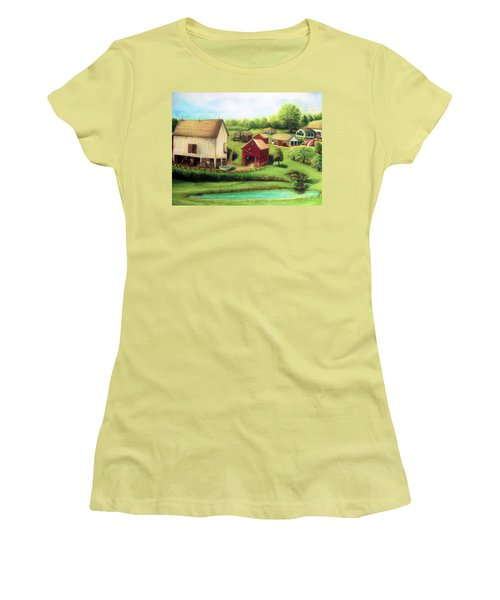 Farm Women's T-Shirt (Athletic Fit)