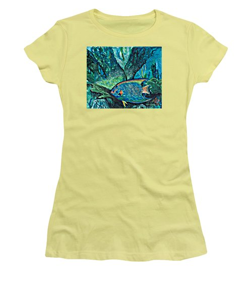 Fishscape Women's T-Shirt (Athletic Fit)