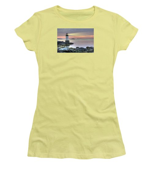 Fort Pickering Lighthouse At Sunrise Women's T-Shirt (Junior Cut) by Juli Scalzi
