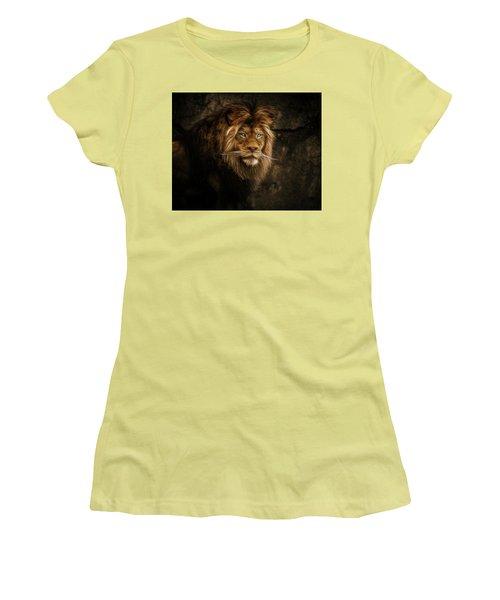 Fractallion Women's T-Shirt (Athletic Fit)