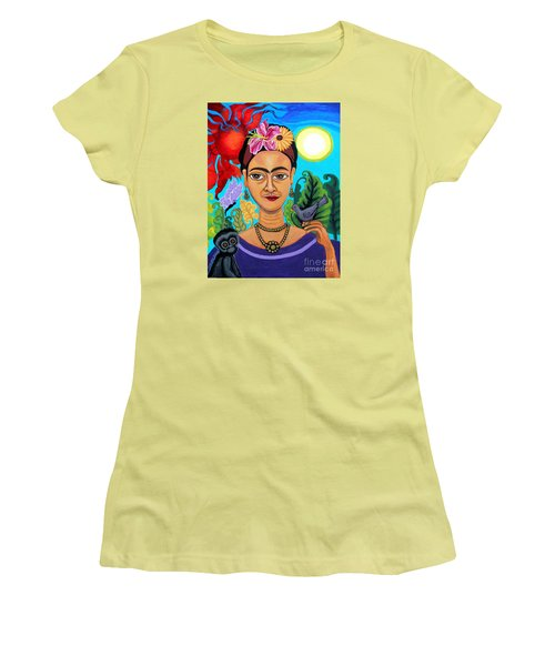 Frida Kahlo With Monkey And Bird Women's T-Shirt (Athletic Fit)