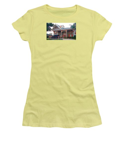 Gingerbread House - Metairie La Women's T-Shirt (Athletic Fit)