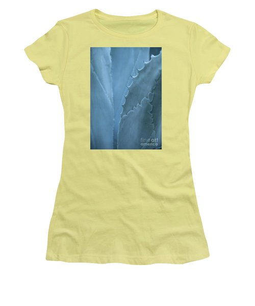 Gray-blue Patterns Women's T-Shirt (Athletic Fit)