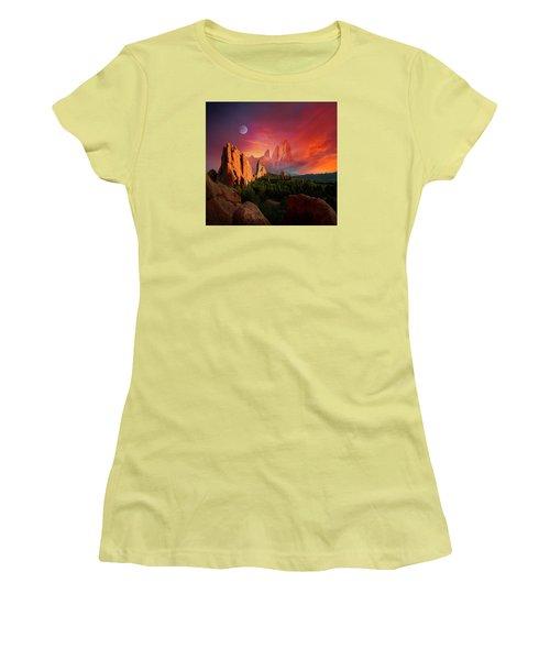 Heavenly Garden Women's T-Shirt (Athletic Fit)