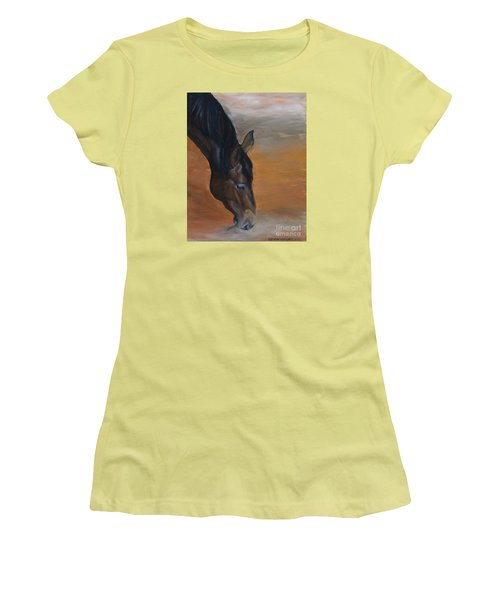 horse - Lily Women's T-Shirt (Junior Cut) by Go Van Kampen