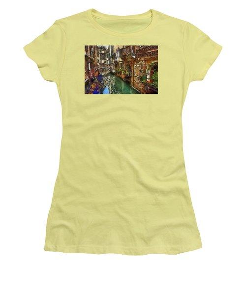 Houses In Venice Italy Women's T-Shirt (Junior Cut) by Georgi Dimitrov