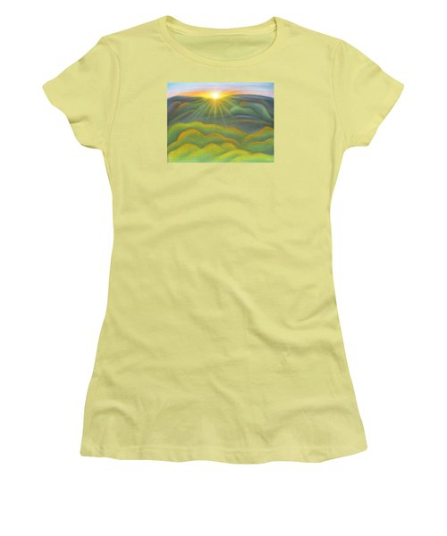 Isla Gorge Sunset Women's T-Shirt (Athletic Fit)